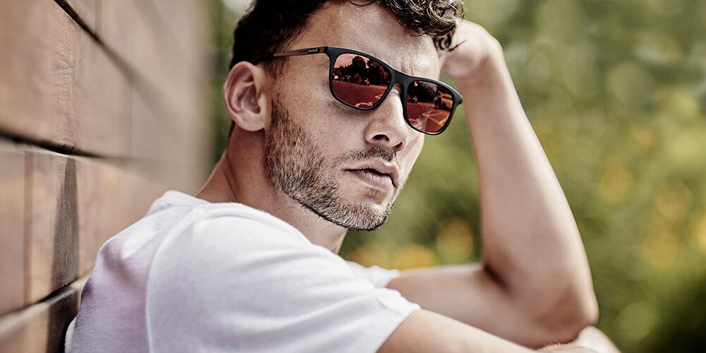 Guy wearing Reebok sunglasses
